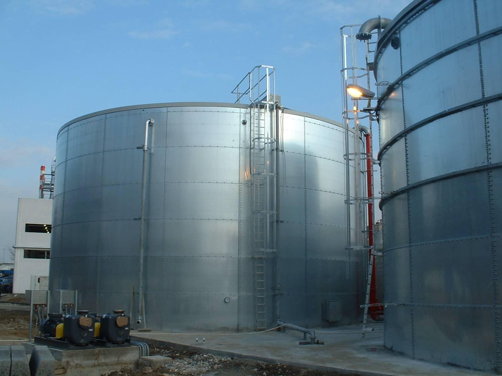 Монтаж стальных вертикальных резервуаров V=500м3 в колличестве 2 шт